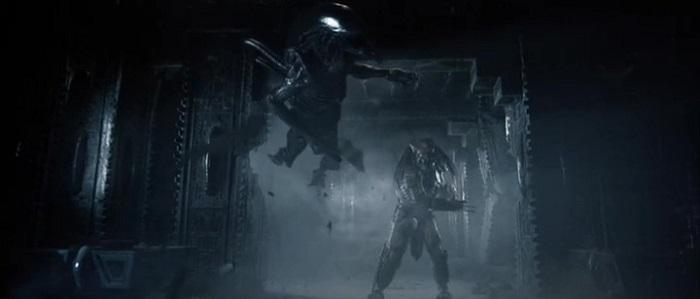 Alien vs. Predator - Ein Predator wischt den Boden mit einem Alien auf