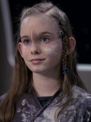 Marley McClean als Mezoti